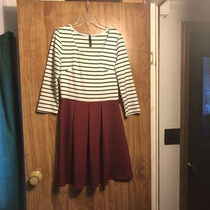 Size large dress.